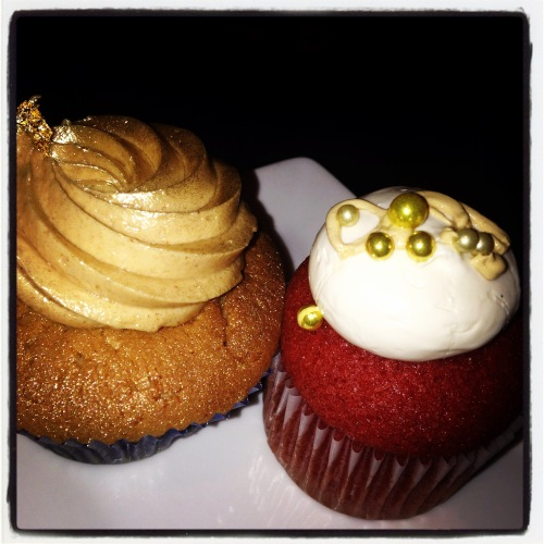 wedding cupcakes red velvet orlando peanut butter chocolate